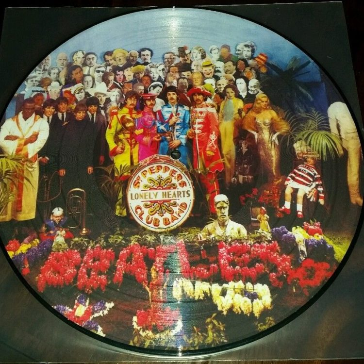 Sealed New The Beatles Sgt Pepper S Lonely Hearts Club